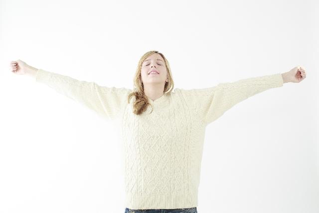 自宅でも簡単にリラックスできる腹式呼吸の効果と方法